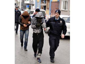 Eskişehir'de Hırsızlık Yapan 5 Arkadaş Yakalandı