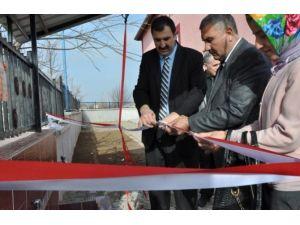 Sandıklı'da Bir Hayırsever Okul Bahçesine Çeşme Yaptırdı