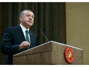 Erdoğan: Kimse bu devletin ekmeğini yiyip de bu devlete kılıç çalamaz