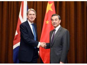 Çin ve İngiltere'den Suriye çıkışı