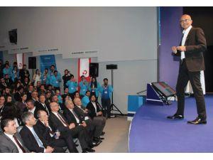 Microsoft CEO'su Nadella, ODTÜ'yü ziyaret etti