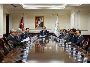 Bakan Çelik, MÜSİAD Genel Başkanı Nail Olpak'ı Kabul Etti