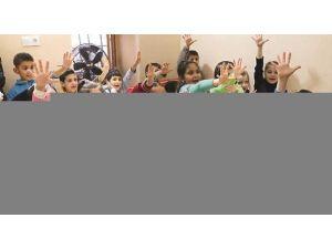 Diyanet: İstanbul'da 14 camide bin 833 Suriyeli eğitim alıyor