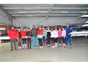 U19 Kürek Kadın Milli Takımı Adana'da Kampa Girdi