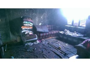 Altıntaş'ta Ev Yangını