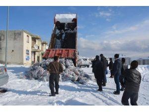 Tatvan'da Kömür Dağıtımı Devam Ediyor
