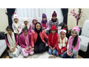 AK Parti Kadın Kolları 'Çocuklarımız' Üşümesin Projesi Başlattı