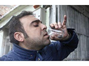 Usta Emisyonu Sıfırladı Müşteri Egzoz Suyunu İçti