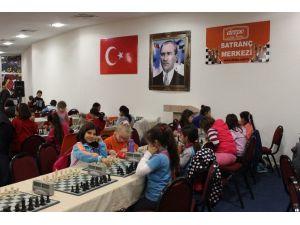 Okul Sporları Minikler Satranç İl Birinciliği Turnuvası