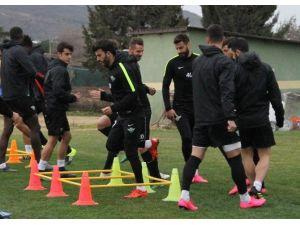 Akhisar Belediyespor'da Yeni Transferler İdmana Çıktı