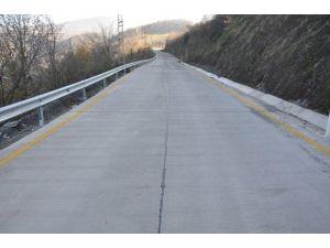 Başiskele'de Üç Köy Beton Yolla Bağlandı