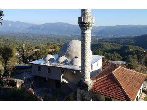 Büyükşehir'den Camilere Bakım