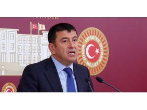 Ağbaba: 33 gazeteci hapiste, iktidar kalemden korkuyor