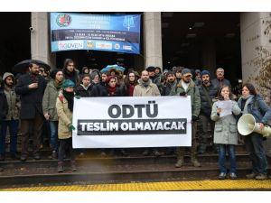 ODTÜ öğrencileri, Osman Gökçek hakkında suç duyurusunda bulundu