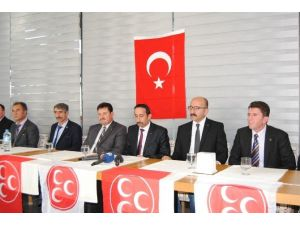 MHP'de Başkanlar Kılıçları Çekti