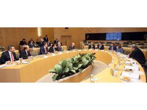 Büyükşehir Belediye Başkanları Ankara'da Enerjiyi Konuştu