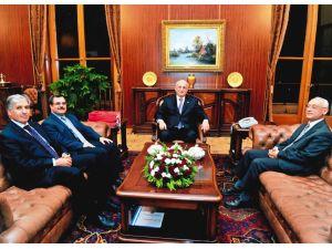 Turgut Özal Üniversitesi, Meclis Başkanı Kahraman'ı ziyaret etti