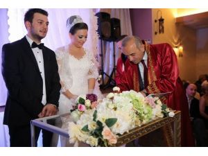 Altınordu'da 2015 Yılında Bin 335 Çift Evlendi