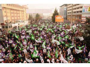 HDP Eş Genel Başkanı Demirtaş Van'da