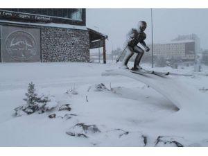 Erciyes'te Kar Kalınlığı 80 Santimetreye Ulaştı