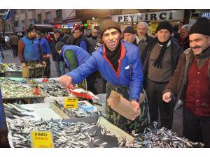 Lodos, balık fiyatlarını arttırdı