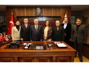 Çerkesler'den Başkan Yaşar'a Yeni Yıl Tebriği