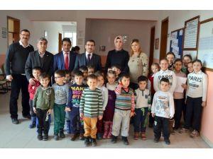 Sevgi, Barış Ve Dostluk Treni Yenişehir'de