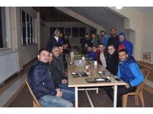Belediyespor Yönetiminden Sporculara Yemek