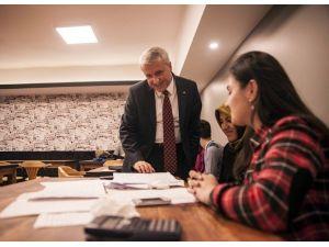 Rektör Gündoğan Kantin Açılışında Öğrencilerle Buluştu
