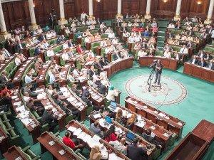 Tunus yeni bakanlar kuruluyla tanıştı