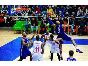 Spor Toto Basketbol Ligi'nde 15. Hafta Heyecanı