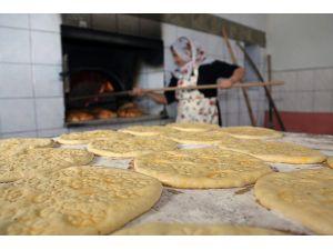 En doğal ekmek bu fırında pişiriliyor