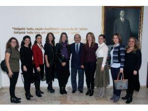 Özel Çağdaş İlköğretim Okulu Velileri Başkan Büyükerşen'i Ziyaret Etti