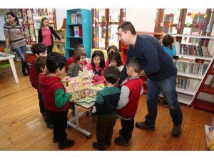 Zeytindalı, Çocuklara Kitap Okumayı Sevdiriyor