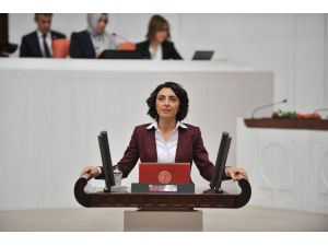 CHP'li vekil 900 bin öğrencinin ek puan sorununu Meclis'e taşıdı