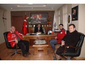 Kızılay'dan Hanönü Belediye Başkanı Uçar'a Ziyaret