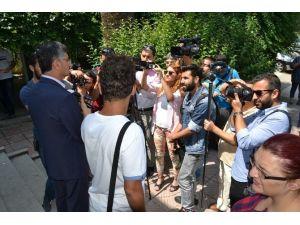 Vali Bektaş'tan Gazeteciler Günü Kutlama Mesajı