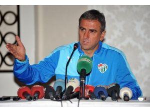 """Hamza Hamzaoğlu: """"Oyun Olarak Oturtmamız Gereken Bazı Şeyler Var"""""""