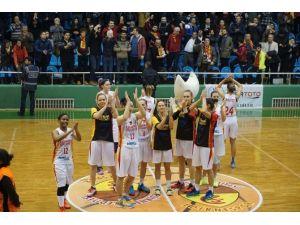 Edirne Belediyesi Edirnespor Kadın Basketbol Takımı, Euro Cup'daki İlk Mücadelesinden Galip Çıktı