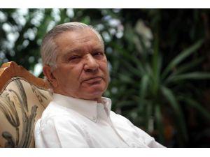 Eski bakan Erol Yılmaz Akçal hayatını kaybetti
