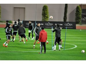 Beşiktaş'ın son antrenmanına Motta ve Ersan Gülüm de katıldı