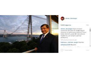 Başbakan Davutoğlu, Üçüncü Köprüdeki Fotoğrafını İnstagram'dan Paylaştı