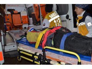 Minibüs İle Motosiklet Çarpıştı: 1 Yaralı