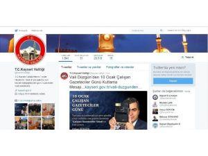 'Sosyal Medya', İletişimdeki Önemini Artırıyor