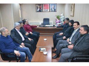 AK Parti Ardahan İl Teşkilatından CHP'ye Hayırlı Olsun Ziyareti