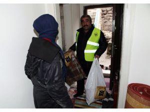 Yenimahalle Belediyesi'nden Fedakâr Anneye Yardım Eli