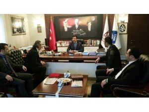 Keçiören Belediye Başkanı Mustafa AK Ödülünü Aldı