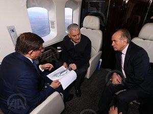 Başbakan Ahmet Davutoğlu, Yıldırım ve Topbaş ile 3. köprüyü inceledi