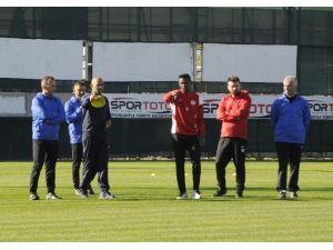Antalyaspor'da Morais İlk Antrenmanına Çıktı