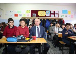 Kocasinan Belediyesi'nden eğitime destek